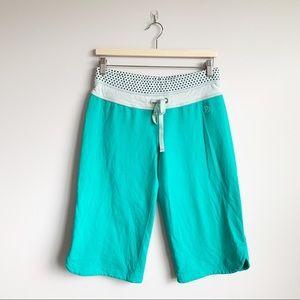 Lululemon Terry Cloth Crop Short Clam Digger 8 M